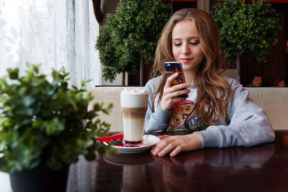 Five Tips to Keeping Millennials Cyber Safe This Holiday Shopping Season